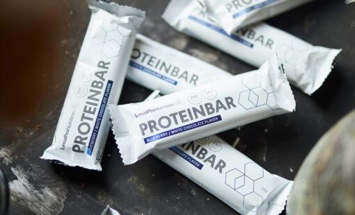 LinusPro Proteinbar 12 stk. (Blåbær & hvid chokolade, 55 g)