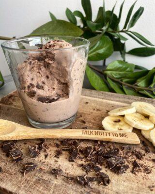 Protein is med banan & chokolade