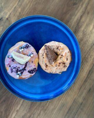 Protein donuts med saltet karamel frosting
